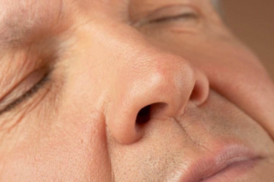 La perte de l'odorat laisse présager, chez... (PHOTO DIGITAL VISION/THINKSTOCK)