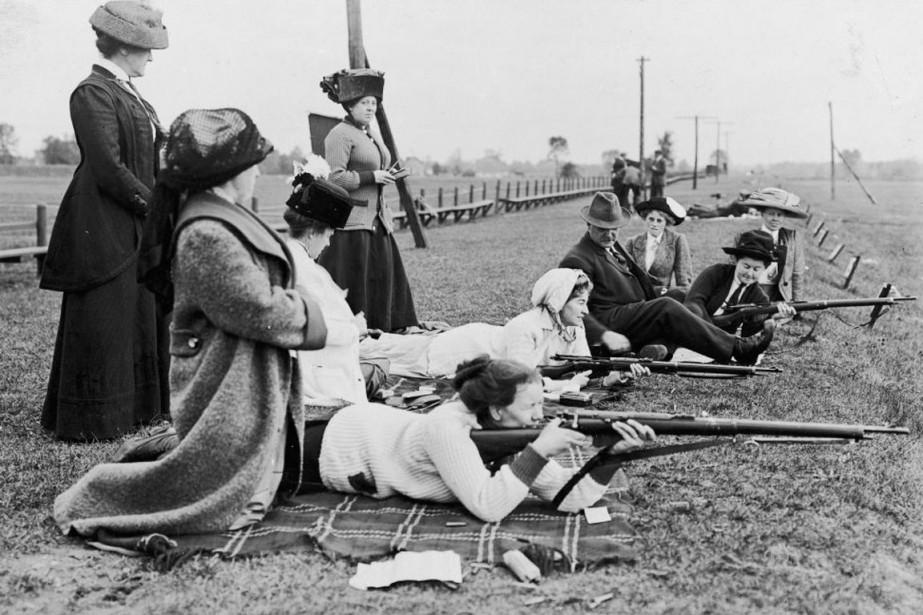 La militarisation croissante de la société canadienne à... (Photo Archives La Presse Canadienne)