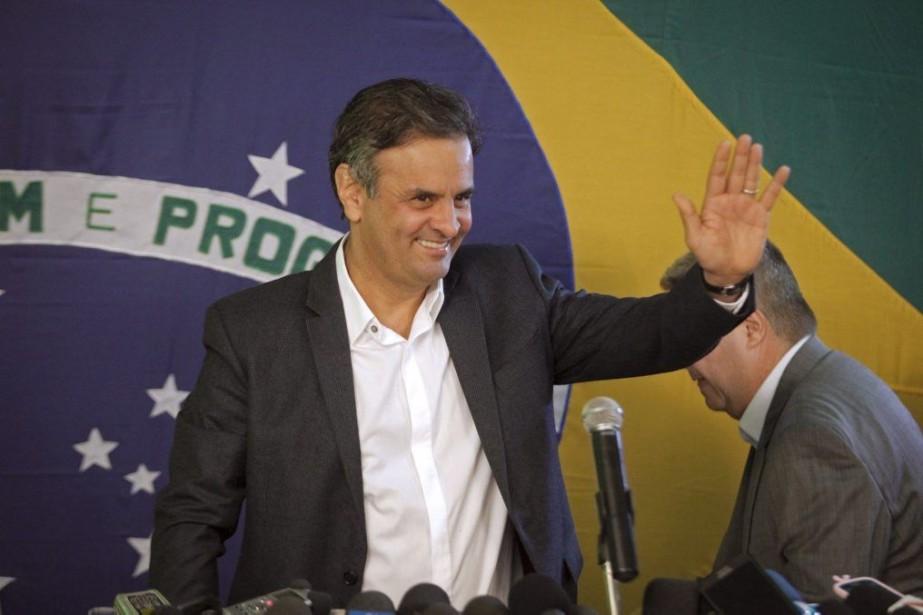 AecioNeves a appelé dès dimanche soir le parti... (Photo AFP)