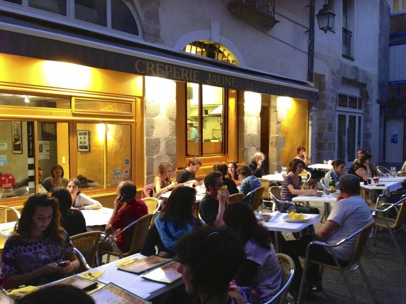 La Crêperie jaune est l'endroit idéal pour manger de délicieux plats tout en étant dans le quartier historique du centre-ville. (PHOTO PHILIPPINE DE TINGUY, COLLABORATION SPÉCIALE)