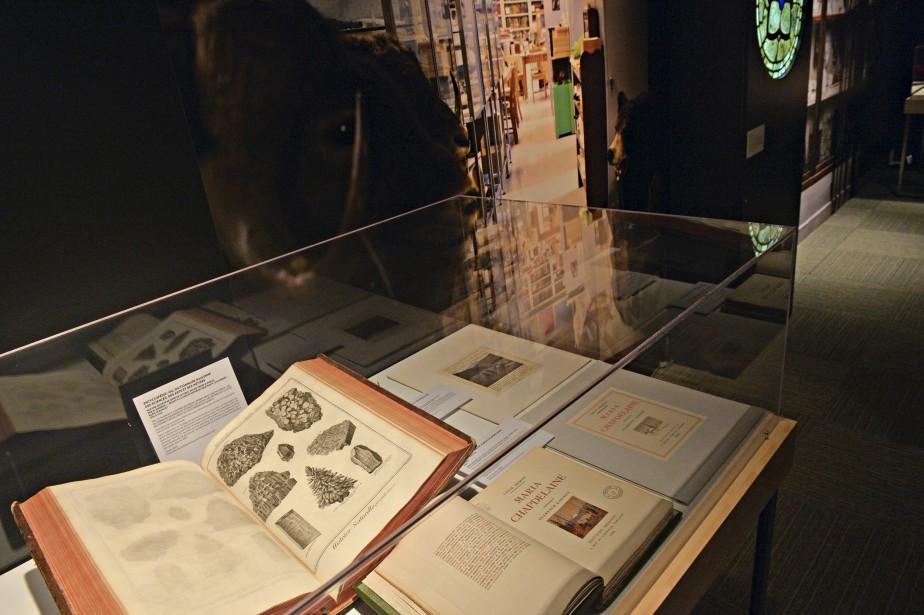 En bas, à droite: épreuves d'atelier du roman <i>Maria</i> <i>Chapdelaine </i>de Louis Hémon, publié aux éditions Mornay, en 1933.<i> <br /></i> (Le Soleil, Pascal Ratthé)