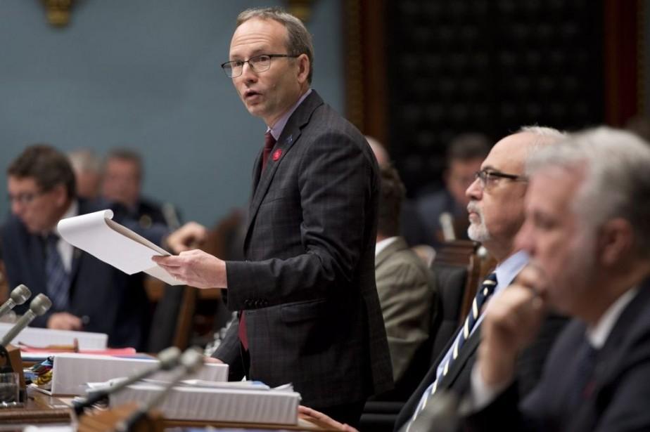 Le président du Conseil du trésor, Martin Coiteux,... (PHOTO JACQUES BOISSINOT, LA PRESSE CANADIENNE)