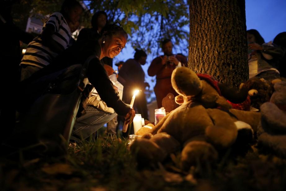 Une veillée à la chandelle a été organisée... (Photo Jim Young, Reuters)