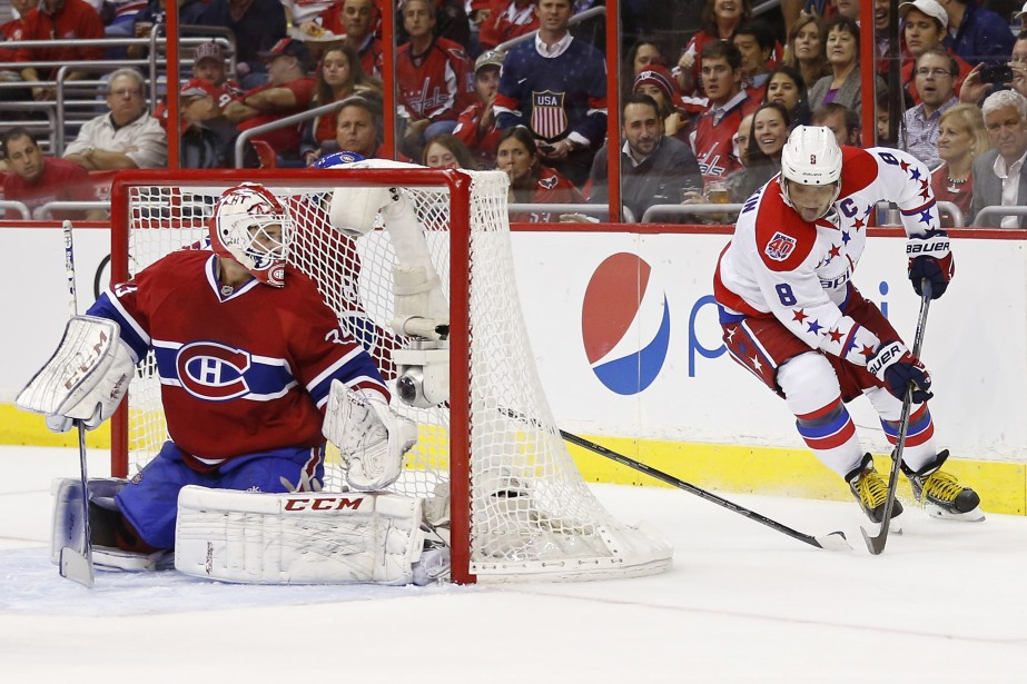 Alex Ovechkin tente de surprendre le gardien du Canadien Dustin Tokarski du revers. (Photo Geoff Burke, USA Today)