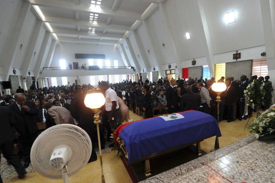 Le service avait lieu dans la chapelle de... (PHOTO HECTOR RETAMAL, AFP)