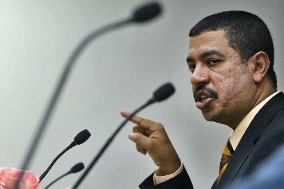 Khaled Bahah, 49 ans, a été désigné premier... (PHOTO MUSTAFA QURAISHI, ARCHIVES AP)