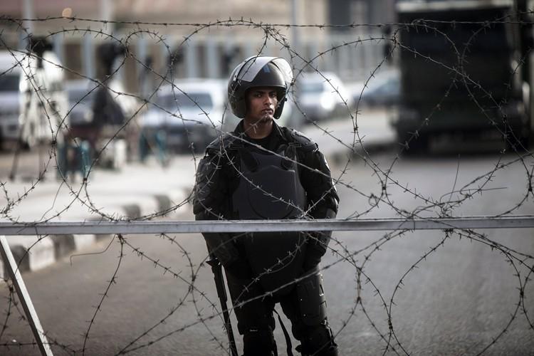 Policiers et soldats ont tué plus de 1400... (Archives AFP)