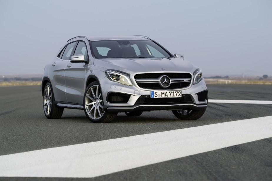 Mercedes-Benz GLA - À partir de 37 200 $ - La suite logique de la CLA, lancée en 2013. Il s'agit en fait de la rencontre entre un coupé quatre portes et un VUS compact de luxe. (Photo Mercedes-Benz)