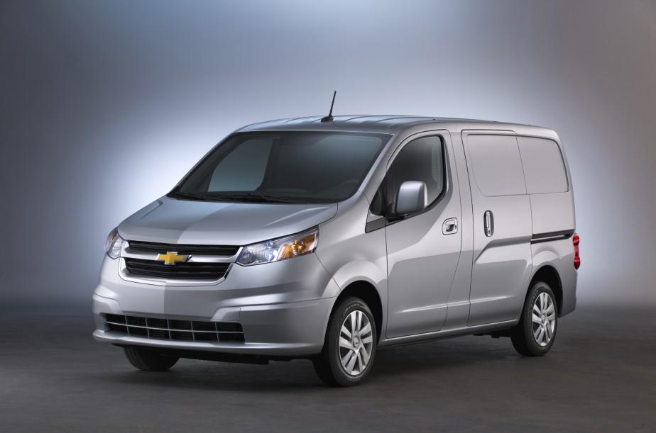 Chevrolet City Express - Vente réservée aux parcs d'automobiles - Fruit d'une entente entre Nissan et GM, ce fourgon compact - dérivé du NV200 de Nissan - s'ajoute dans ce marché en émergence. (Photo Chevrolet)