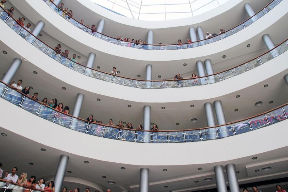 L'inauguration à Tartous d'un centre commercial d'une valeur... (PHOTO AFP/STR)