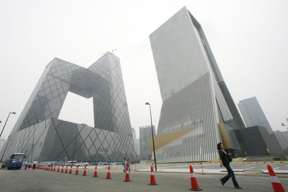 Le nouveau siège de la télévision d'État (CCTV)... (PHOTO CLARO CORTES IV, ARCHIVES REUTERS)