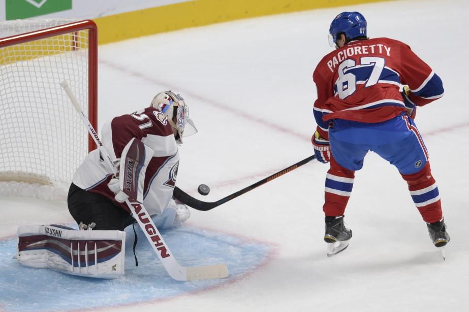 Calvin Pickard frustre l'attaquant du Canadien Max Pacioretty. (Photo Bernard Brault, La Presse)