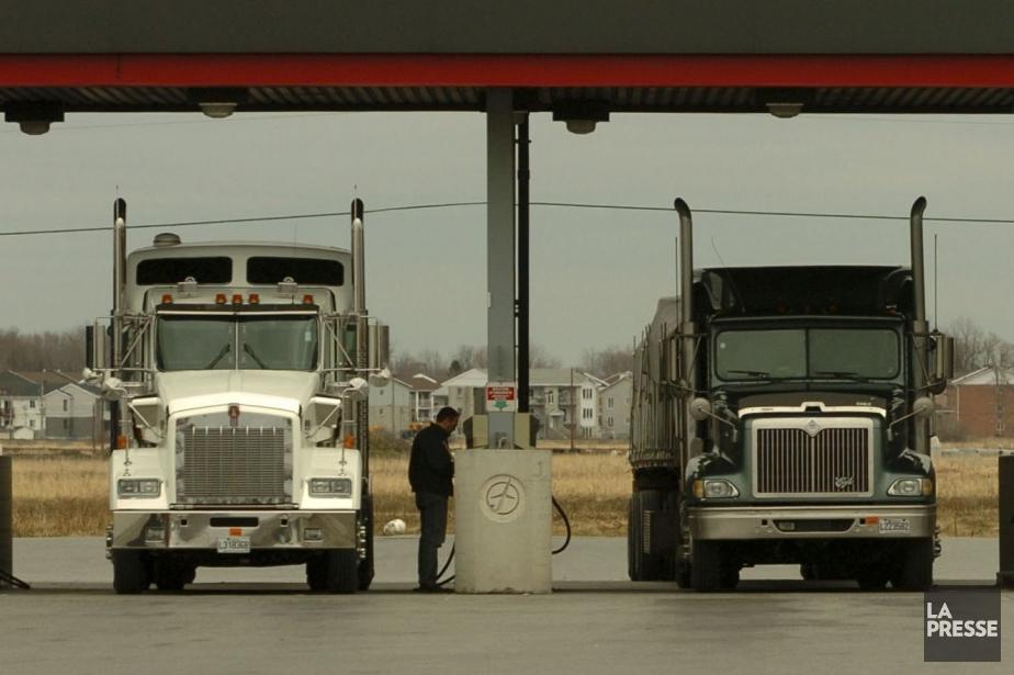 Les camionneurs ont obtenu l'appui des corps policiers... (PHOTO IVANOH DEMERS, ARCHIVES LA PRESSE)