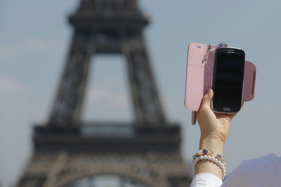 Le compte Twitter officiel de la ville de Paris a... (Photo archives Reuters)