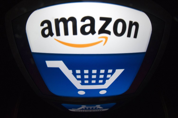 Le géant américain du commerce en ligne Amazon, toujours en plein... (Photo: AFP)