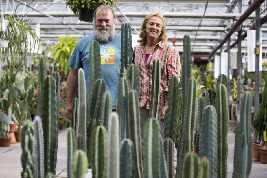 André Mousseau et Pierrette Martel sont les heureux propriétaires des serres Le Cactus Fleuri. (Photo François Roy, La Presse)