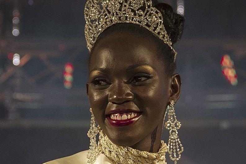 Leah Kalanguka, 23 ans, la nouvelle Miss Ouganda... (PHOTO ISAAC KASAMANI, AFP)