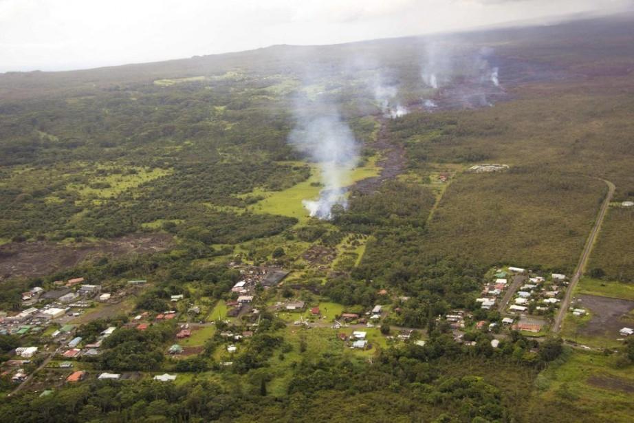 La lave surgie du volcan Kilauea a progressé... (Photo REUTERS/U.S. Geological Survey)
