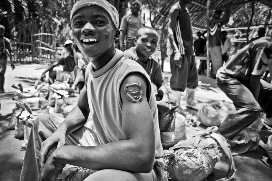 Dans son reportage  Congo, guerre sans fin  le Néerlandais Jan Joseph Stok, étoile montante de la relève photojournalistique internationale, lève le voile sur la difficile réalité du pays   31 octobre 2014