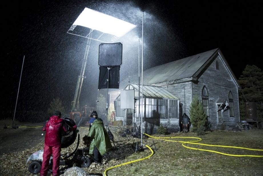 Avant les tournages en studio, l'équipe du film a passé trois semaines à faire des prises en extérieur. Notamment autour de cette église construite de toutes pièces pour les besoins de l'histoire. (Photo: fournie par Films Séville)