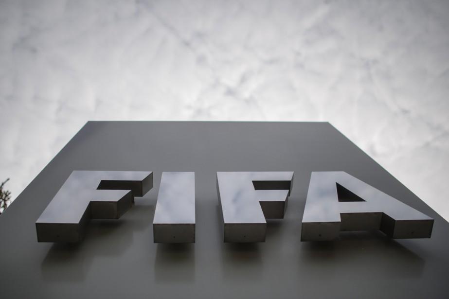 La FIFA envisage deux scénarios pour la... (Photo Sébastien Bozon, AFP)