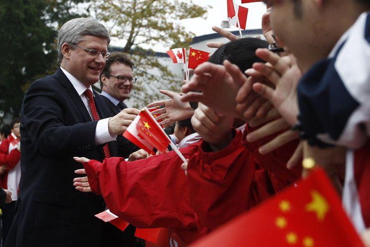 Depuis la dernière visite de M. Harper dans... (Photo archives Reuters)