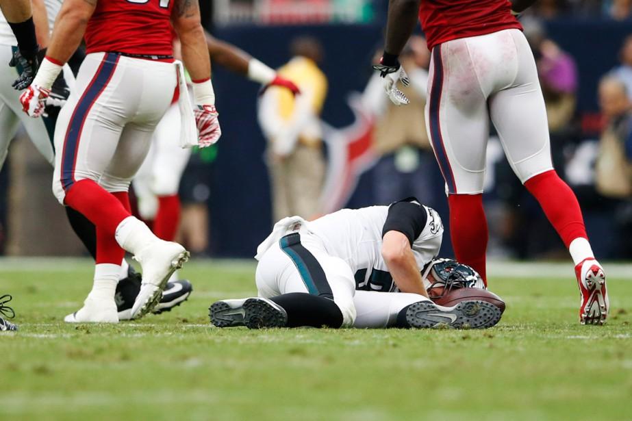 Le quart des Eagles de Philadelphie Nick Foles... (Photo Kevin Jairaj, USA Today Sports)