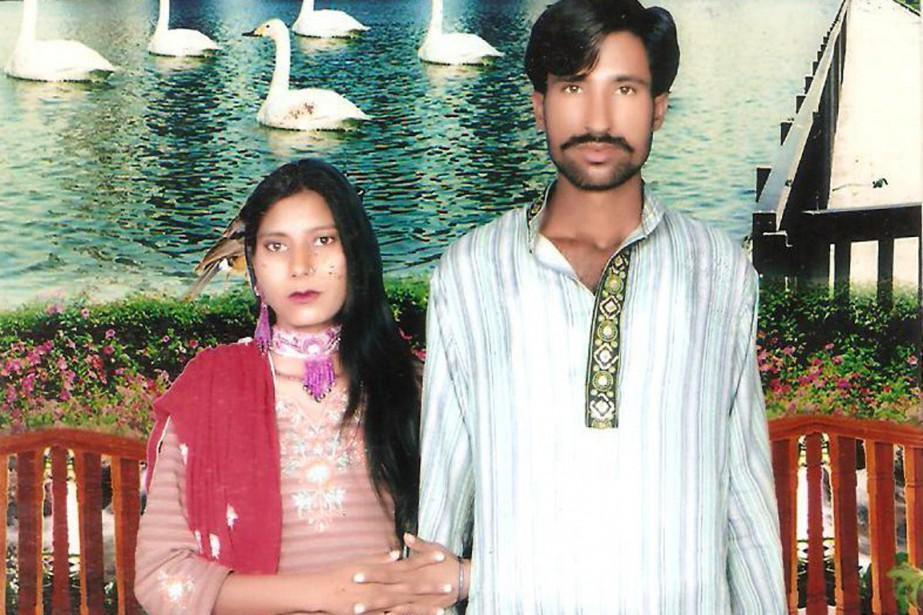 Shehzad Masih et son épouse Shama Bibi, enceinte... (PHOTO AFP/FAMILLE DES VICTIMES)