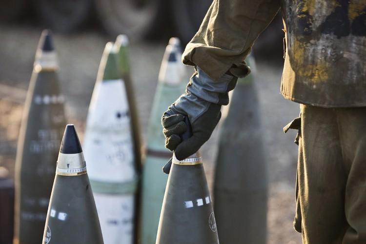 Trois enfants ont été tués en jouant avec un obus non... (Archives Reuters)