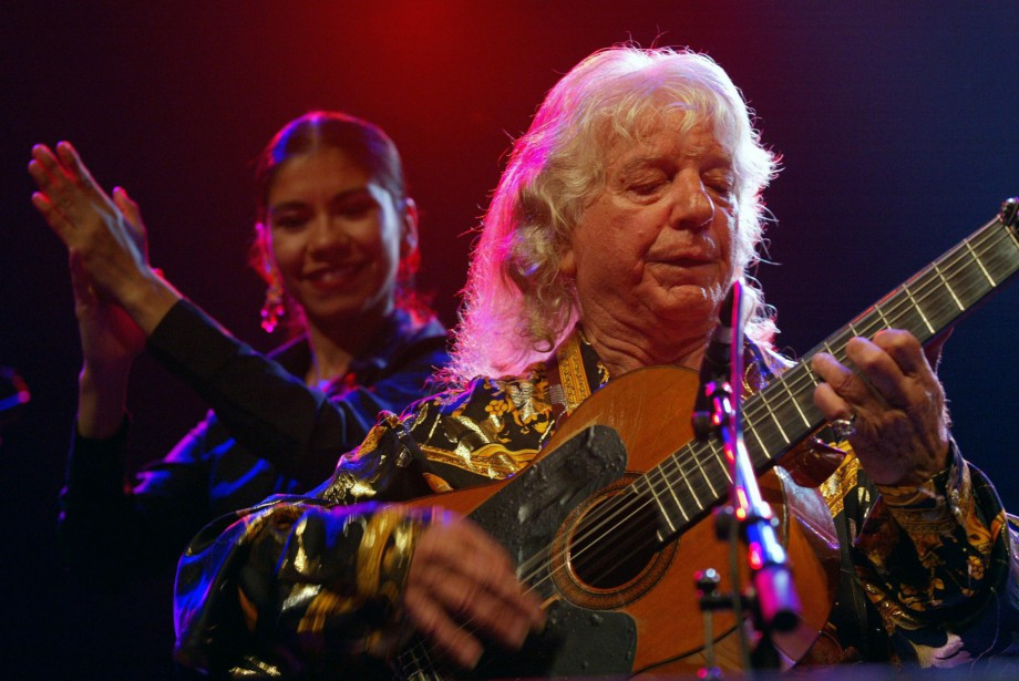 Manitas de Plata lors d'un concert en 2003... (PHOTO BERDA SEBASTIEN, ARCHIVES AFP)