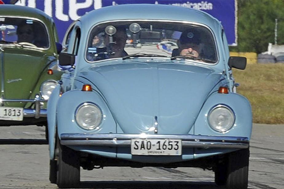 La Coccinelle Volkswagen 1987 bleu ciel du président... (Photo Ricardo Rey-Fernandez, archives AFP)