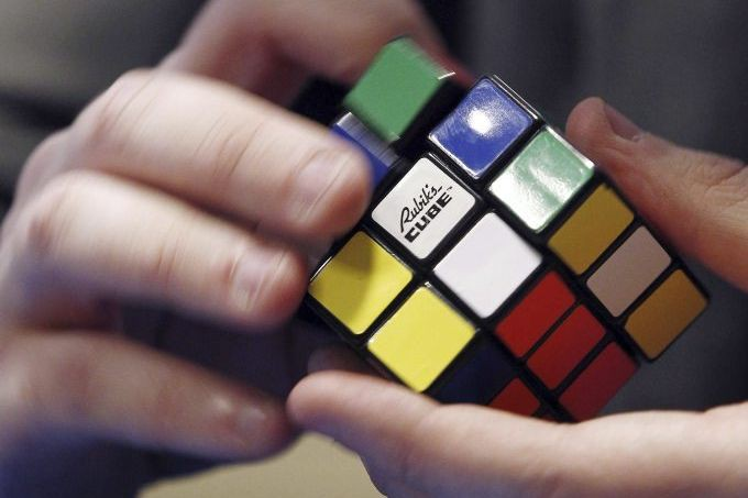 Icône des années 1980, le Rubik's Cube a... (PHOTO THOMAS SAMSON, AFP)