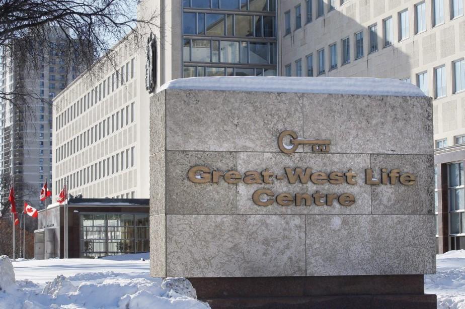 Le siège-social de Great-West Lifeco, à Winnipeg.... (PHOTO JOHN WOODS, ARCHIVES PC)