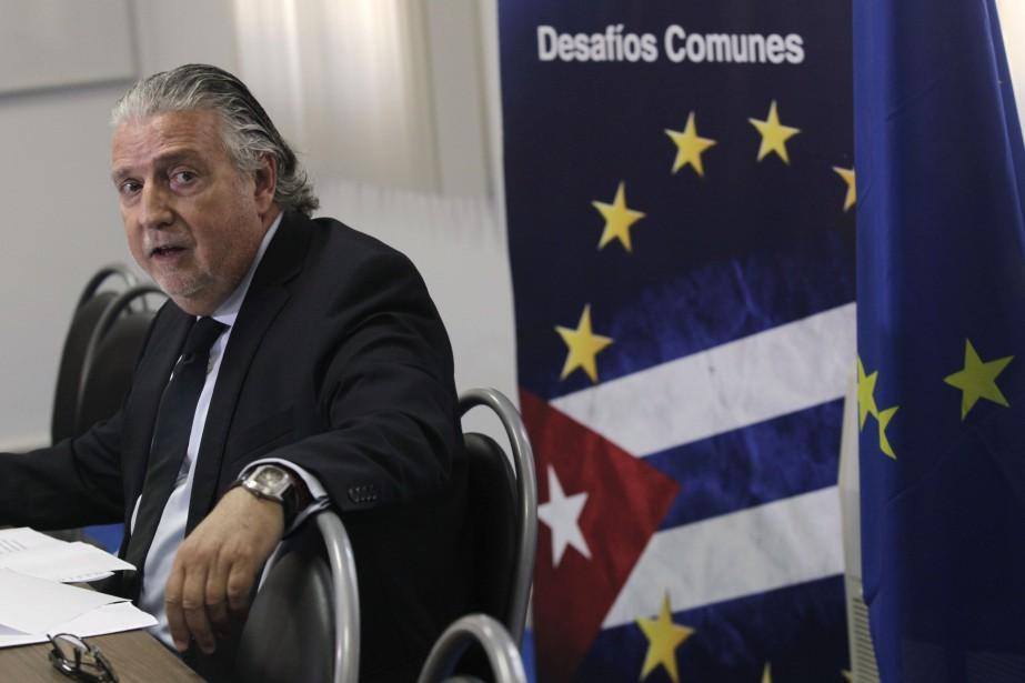 L'ambassadeur de l'UE à Cuba, Herman Portocarer... (Photo ENRIQUE DE LA OSA, REUTERS)