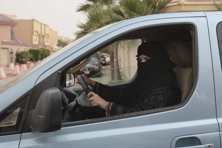 Seules les Saoudiennes de plus de 30 ans... (Photo Hasan Jamali, Archives AP)