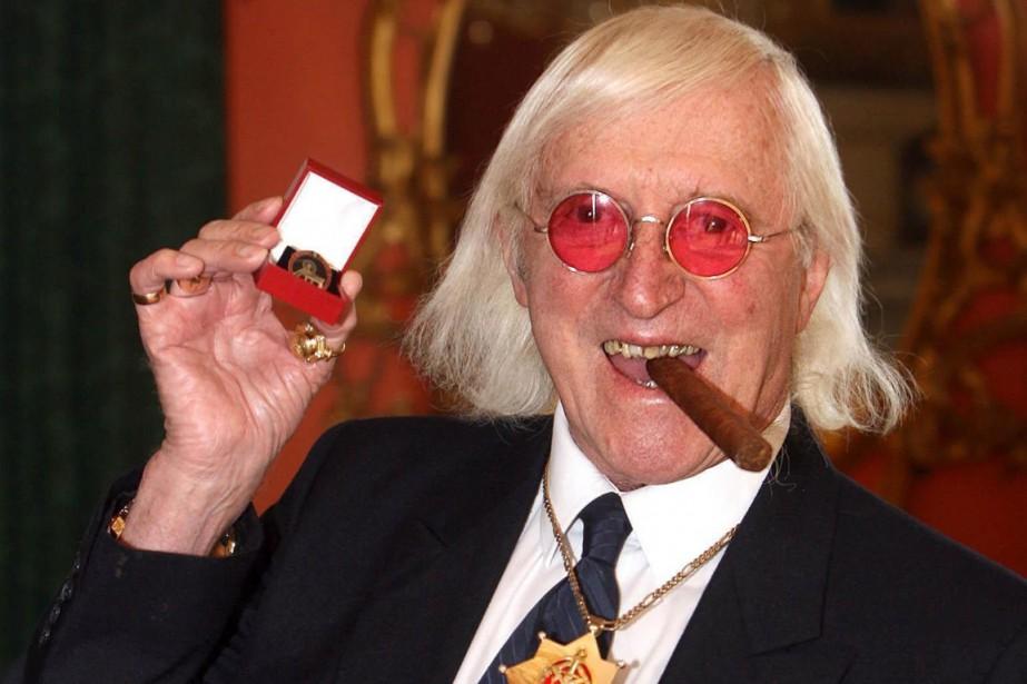 Jimmy Savile (ici en 2008) est mort en... (Photo Lewis Whyld, archives AP)