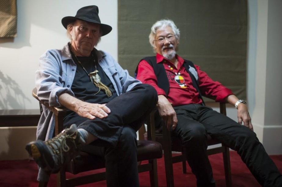 Neil Young et David Suzuki... (PHOTO DARRYL DYCK, LA PRESSE CANADIENNE)