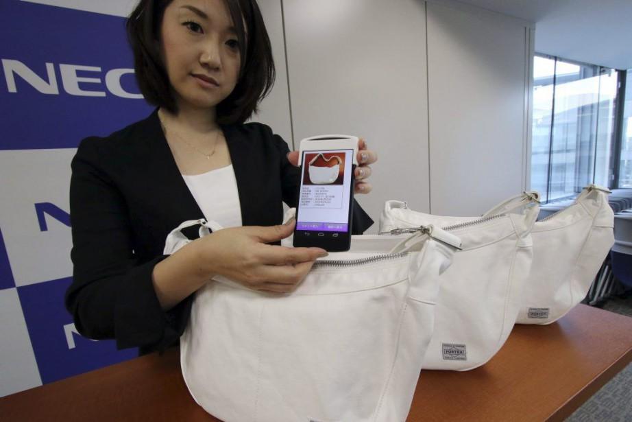 La nouvelle technologie de NEC permet d'identifier et... (PHOTO YOSHIKAZU TSUNO, AFP)