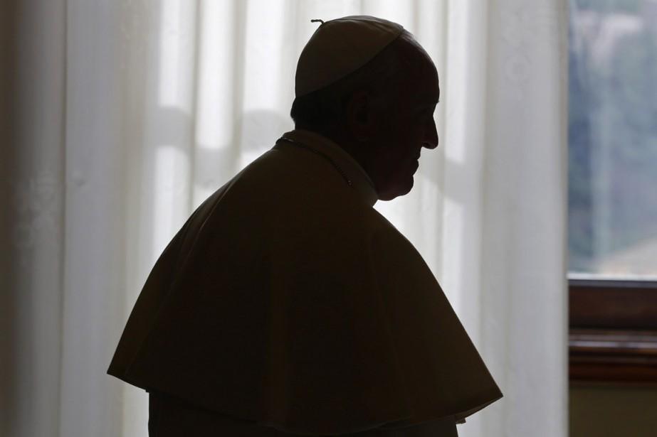 À la suite de son prédécesseur Benoît XVI,... (PHOTO MAX ROSSI, ARCHIVES REUTERS)