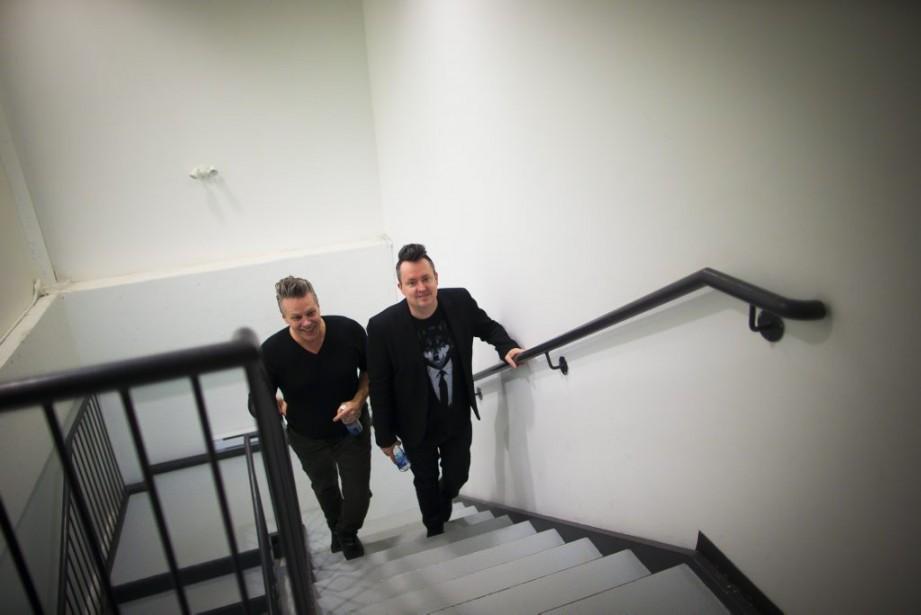 Mike Ward travaille avec son metteur en scène et concepteur de décor Daniel Fortin depuis 2010. (Photo: André Pichette, La Presse)