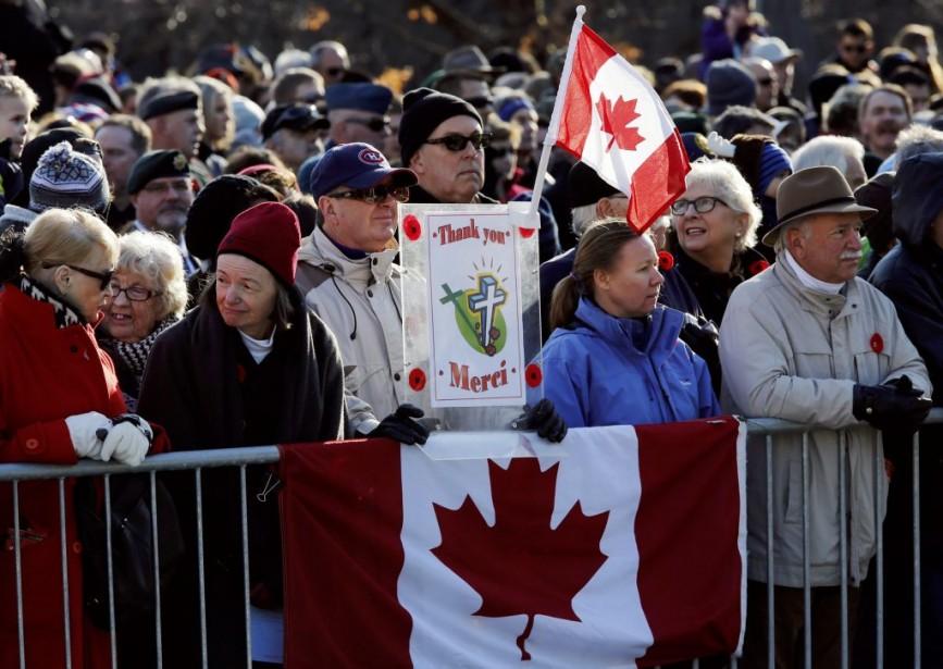 Plusieurs milliers de personnes se sont réunis à Ottawa. (PHOTO CHRIS WATTIE, REUTERS)