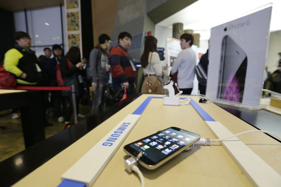 Les tablettes, ordinateurs portables, téléviseurs, téléphones intelligents et... (Photo Ahn Young-joon, Archives AP)