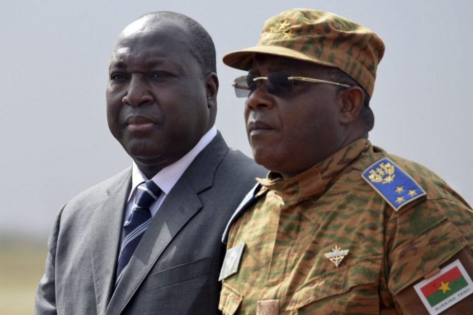À gauche,Zéphirin Diabré, le chef de file de... (PHOTO ISSOUF SANOGO, ARCHIVES AFP)