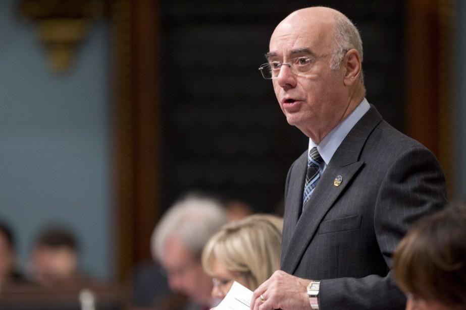 Le ministre JacquesDaoust a expliqué à Hale VanKoughnett... (Photo Jacques Boissinot, PC)