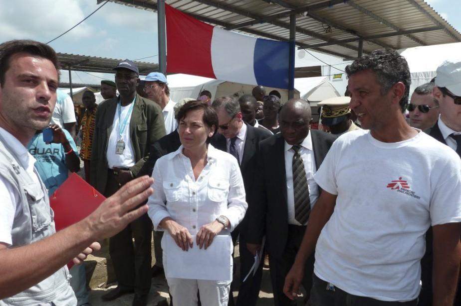Jugeant la situation «inquiétante», la secrétaire d'État française... (PHOTO PATRICK FORT, AFP)