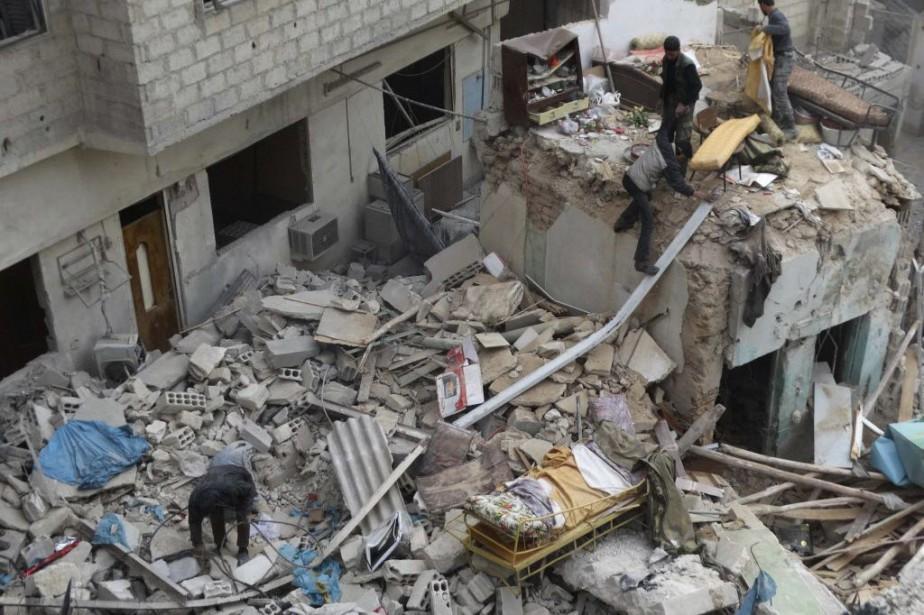 Également samedi, l'Observatoire a affirmé que les forces... (Photo Msallam Abd Albaset, Reuters)