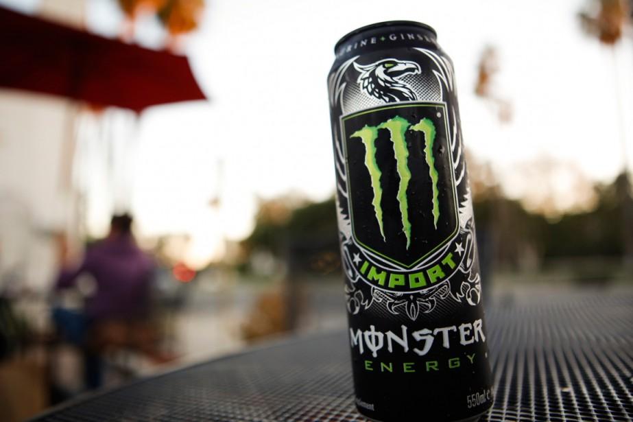 Certaines boissons énergisantes peuvent contenir jusqu'à 400 milligrammes... (PHOTO PATRICK T. FALLON, ARCHIVES BLOOMBERG)
