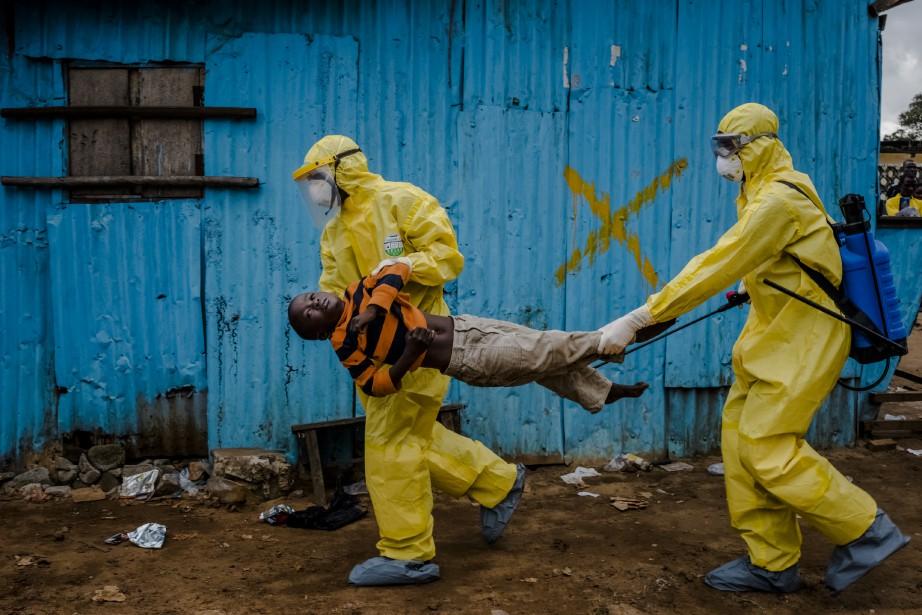 En poursuivant les efforts internationaux sur le terrain,... (Photo DANIEL BEREHULAK, The New York Times)