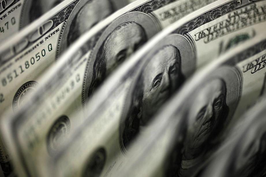L'appréciation de près de 15% du dollar américain... (PHOTO ARCHIVES REUTERS)