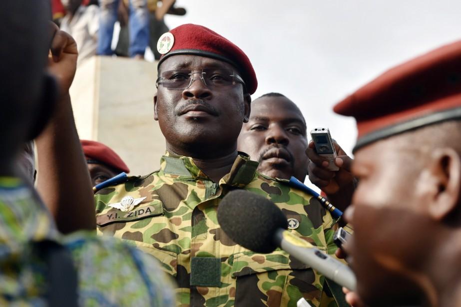 Le lieutenant-colonel Isaac Zida (ci-dessus) a été nommé... (PHOTO ISSOUF SANOGO, ARCHIVES AFP)